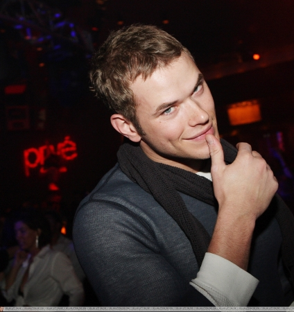 kellan-lutz-birthday.jpg
