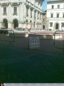 Montepulciaono Fountain2