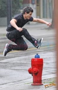 Taylor Jumping2