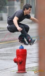 Taylor Jumping3