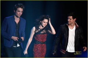 Rob Kristen Taylor MTV Movie Awards2