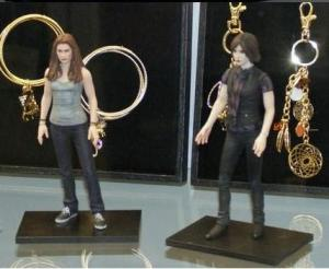 Bella and Alice Action Figures