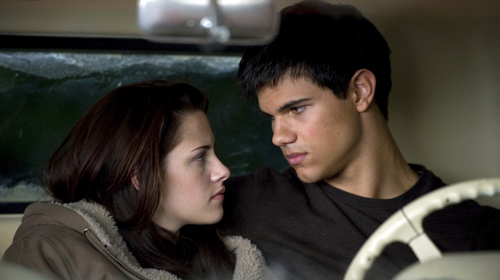 Bella and Jacob New Moon Scene pic