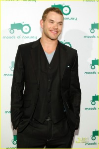 Kellan at Moods of Norway3