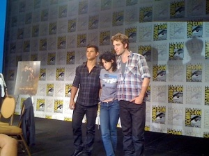 Taylor Kristen and Rob at ComicCon2