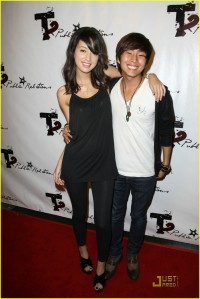 Christian Serratos and Justin Chon Texty Teens2