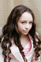 http://twilightbookaddicts.files.wordpress.com/2009/08/jodelle-ferland.jpg