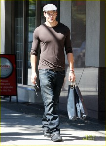 Kellan Lutz out in Vancouver