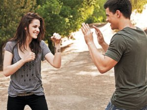 Kristen and Taylor EW Photoshoot2