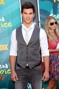 Taylor Lautner at the 2009 Teen Choice Awards