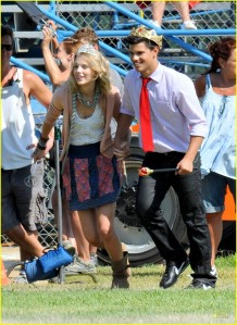 Taylor Swift and Taylor Lautner Valentine's Day Set2
