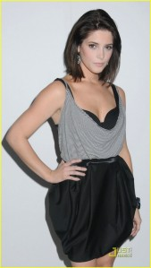 Ashley Greene at Fashion Show2