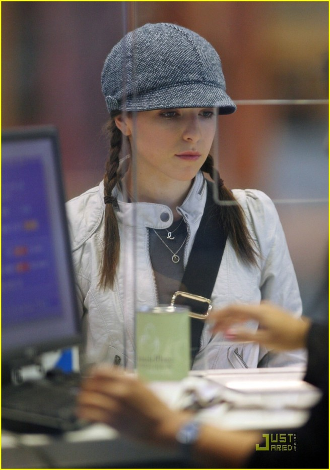 Anna Kendrick back in Vancouver