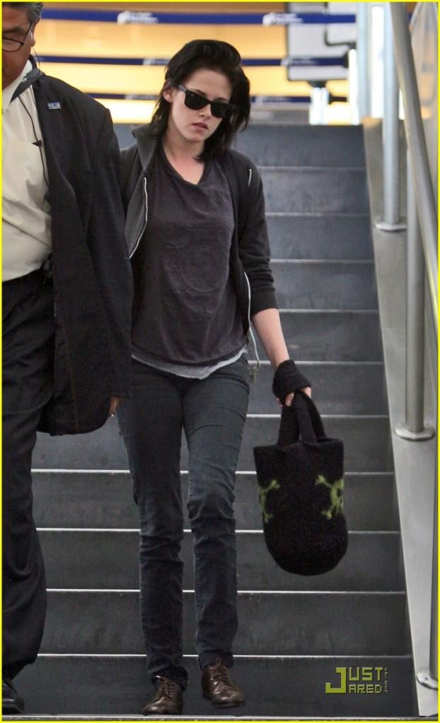 Kristen Stewart Leaving LAX