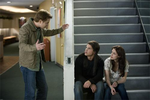 Mike Jacob and Bella Movie Scene New Moon Still