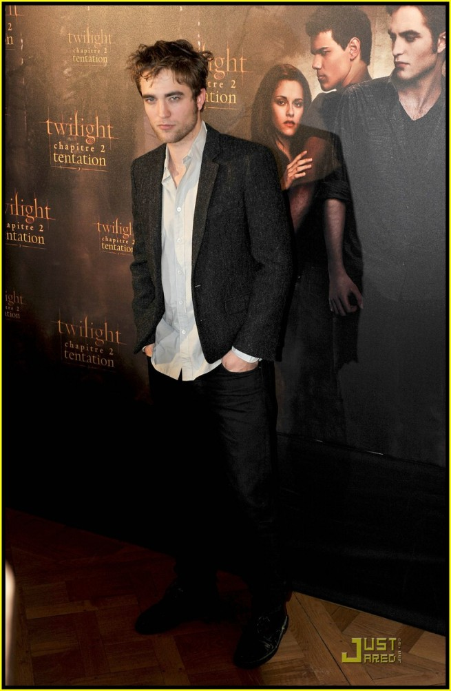 Rob Kristen and Taylor take NM to Paris4